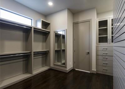 1515 BB master closet 3